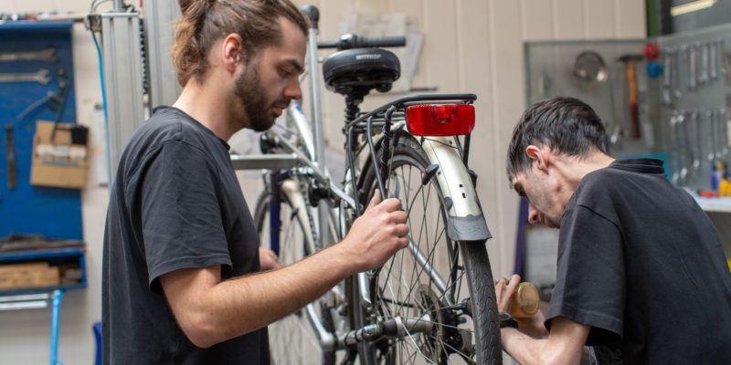 #1248 (kein Titel) – Lassen Sie Ihr Rad vor dem Start in die neue Saison bei uns überprüfen. Wir reparieren schnell und unkompliziert.